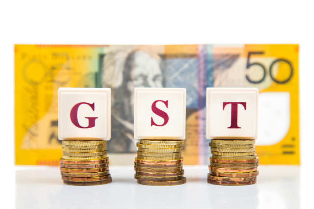 gst-with-fift-dollar-note