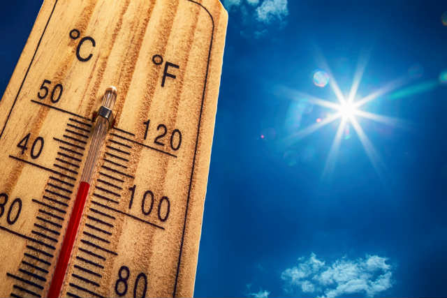 heatwave-thermometer-hot
